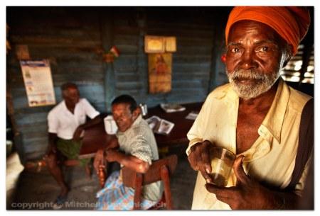 kollam-teashop-sadhu
